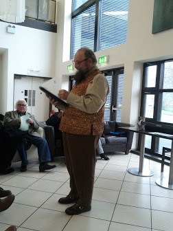 Mike Douse reads in Glór